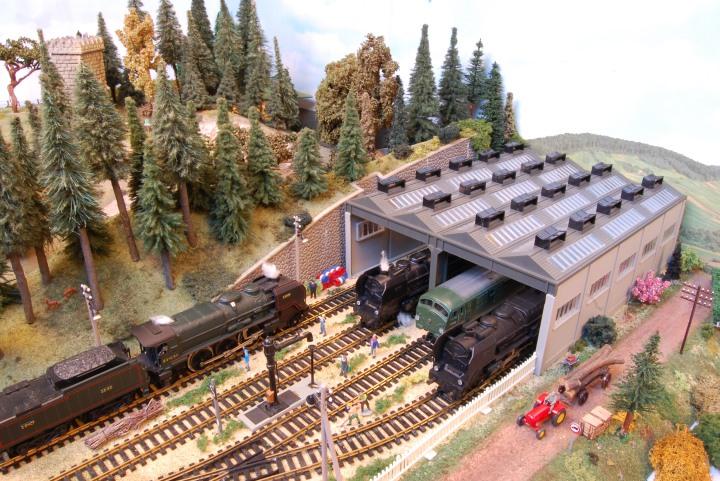 ancienne locomotive jouet